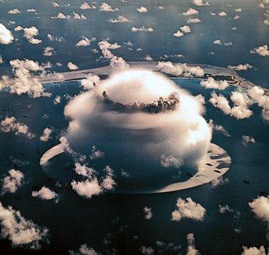 Underwater H Bomb